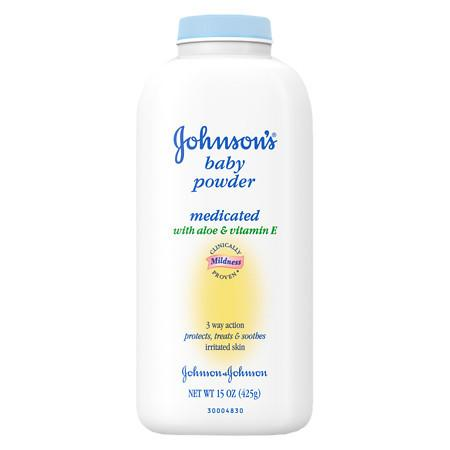 Johnson's Baby Powder Soothing Aloe & Vitamin E - 15 oz.