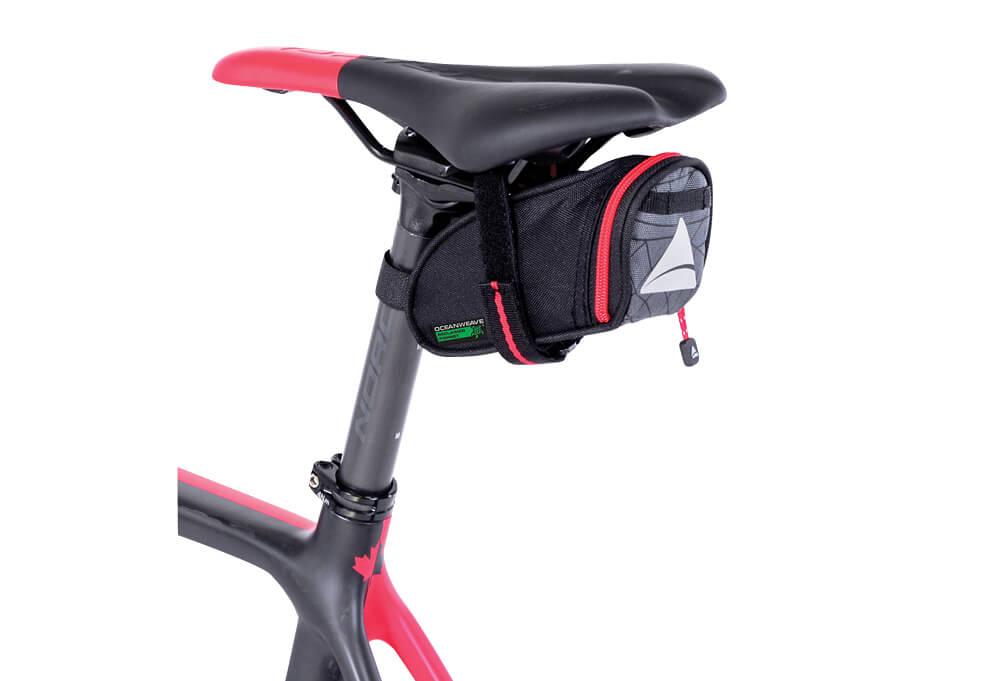 Axiom Seymour Oceanweave Wedge 0.5 Seat Bag - black, one size